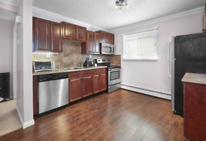 Recently Renovated, Perfect For Student!