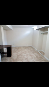 Stunning 1 Bedroom Apartment For Rent All Including FreeParking