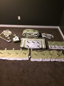 Dragonfly Crib/Nursery Set. Excellent Condition