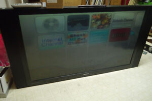 Big TV with replacement bulb