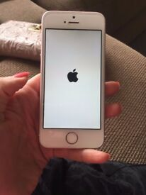 Iphone SE - White - Unlocked - 16GB - Still under Apple Warranty