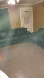 GREEN Leather Couch & Loveseat