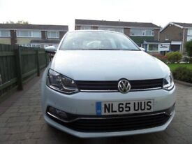 VW Polo 1.2 SE Blue motion. Immaculate. Built in Navigation. 8400 miles only. Free service
