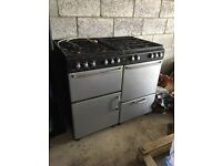 Free-standing 100cm gas cooker