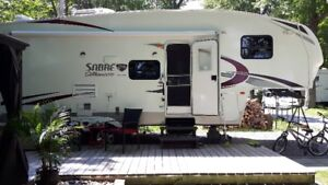 ROULOTTE FIFTH WHEEL SABRE SILHOUETTE 26BHS 2012