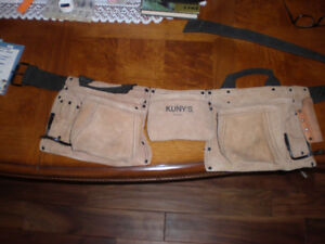 LIKE NEW.... $50 LETHER TOOL BELT FOR $15 CALL.. 519 729-5862