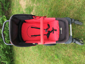 FirstWheels Stroller and Bassinet (w rain cover)
