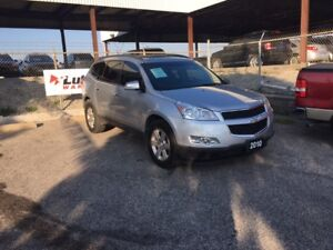 2010 Chevrolet Traverse LT SUV, backup camera and sensor