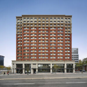 Bachelor Apt Downtown Edmonton at Jasper & 109 St Near LRT!