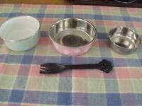 pet spoon (Black) and bowls (3)