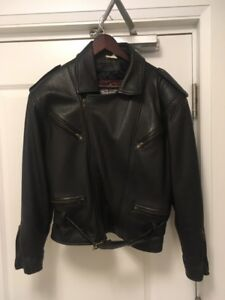 Woman's Black Motorcycle Jacket - GOOD Condition!