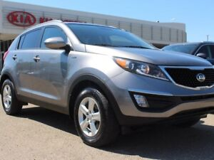 2016 Kia Sportage LX AWD, HEATED SEATS, BLUETOOTH, AUX/USB
