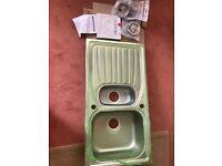 1.5 Bowl single drainer kitchen sink