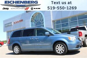 2012 Chrysler Town & Country Touring-L *NAV/SUNROOF/LEATHER*