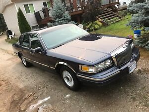 1997 Lincoln Towncar town car executive series 124,xxx km