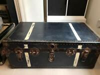 Vintage blue trunk / luggage