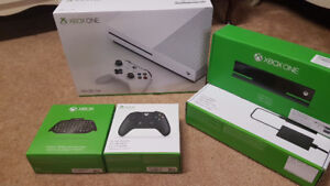 Selling Xbox one S with controllers and Kinect!