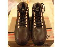 Men's boots size 9 -£20