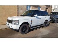 Range Rover L322, in white pearl 4.4L petrol