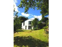 Luxury large private Ensuite, lovely house with large garden, 10 mins walk to Wadebridge