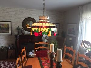 Lampe sytle Tiffany pour cuisine ou salle à diner
