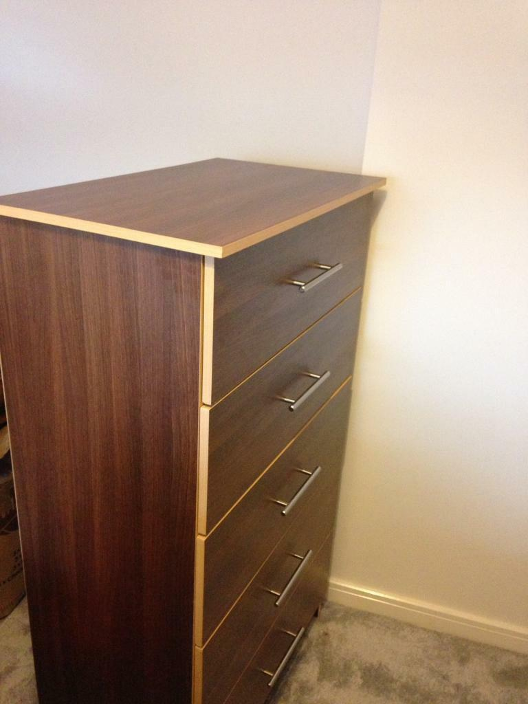Chest of drawersin Bromley, LondonGumtree - Im selling this chest of drawers (5 drawers) in dark brown colour. Excellent conditions throughout. Measurements areH 129 cm, W 73 cm, D 43Please contact 07854477381.Collection only