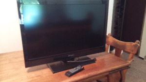 Emerson High definition LCD 32 inch