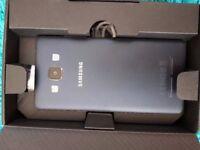 Samsung GALAXY A5 NEW in box
