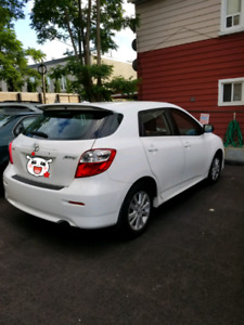 Toyota matrix good family car no accident low KM