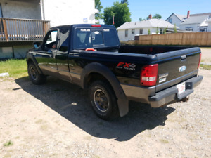2008 Level 11 FX4  4X4 FORD RANGER GREAT CONDITION