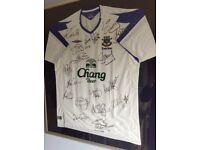 A Framed Signed Away White Football Shirt of Everton Football Club -2204-2005 Season