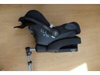 Maxi Cosy EasyBase and Cabriofix car seat plus sunshade