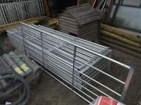 Galvanised gate 10ft