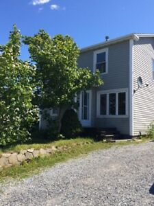 PET FRIENDLY!! FAMILY HOME IN HUMBER HEIGHTS, CORNER BROOK