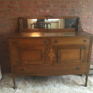 Classic solid Walnut dining set with hutch and buffet