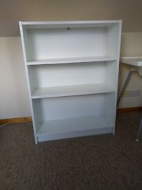 1 bookshelf