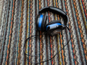 AFTERGLOW A9 PLAYSTATION 4 HEADSET