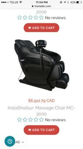 Massage chair, 10/10 condition used for 3 months