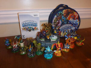 Original Skylanders Spyro's Adventure, with 17 characters