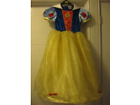 DISNEY PRINCESS SNOW WHITE DRESS age 7-8 & HOOP for proper twirling! Lovely condition REDUCED AGAIN!