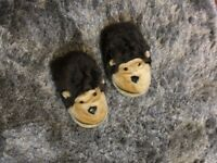 Ape shaped fluffy shoes for home