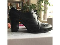 Boden Black leather shoes