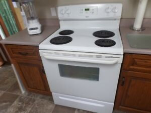 For Sale: Kenmore Electric Stove
