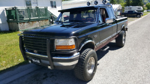1995 Ford F150 XLT lifted 4 inch suspension 33 inch tires