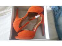 Ladies heels brand new in box size 7