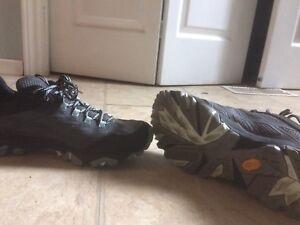 Women's walking /hiking shoe