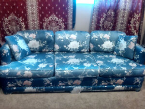 Couch / Sofa / Love seat for sale