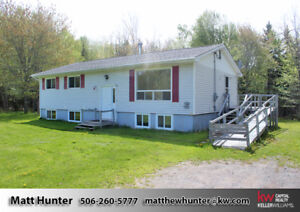 3 Bed Split Entry 15 min. to Base Gagetown and 35 min. to F'ton