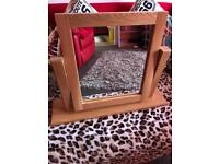 Dressing table swivel mirror