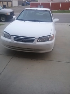 2000 Toyota Camry CE Sedan Active No Accident LOW PRICE